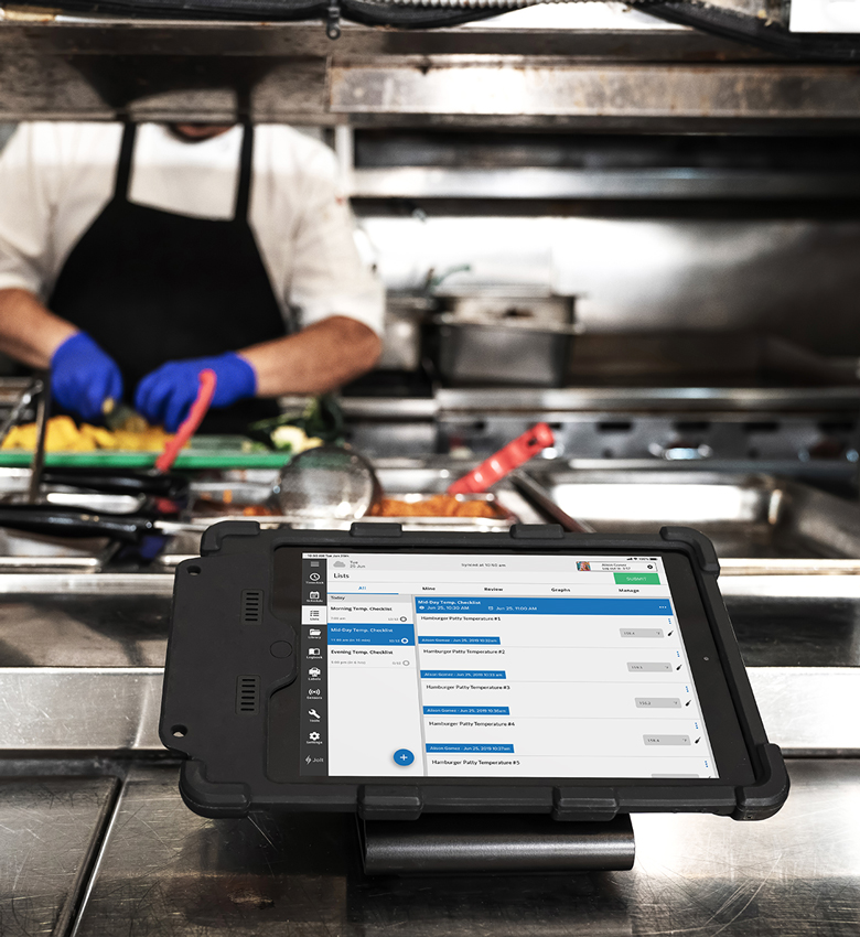 IPORT LAUNCH running PlayerLync Learning Management System software for the food and beverage industry.